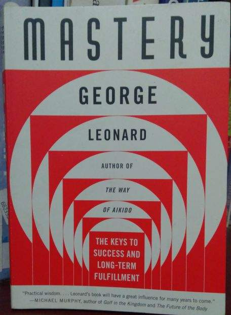 This is a book summary of Mastery by George Leonard